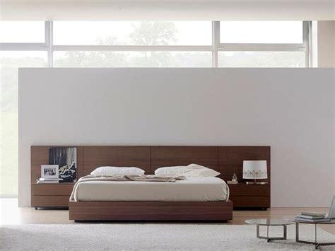 chambre adulte en bois massif t 234 te de lit en bois massif omen by treku design tarte d 233 co chambre adulte