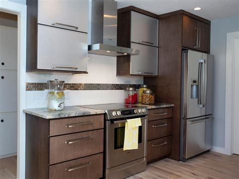 beautiful and simple contemporary kitchen cabinets design