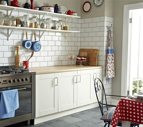 White Metro Tiles Kitchen - 99thingsiknowaboutcarl contractor confessions