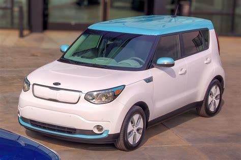 White Kia Soul 2015 Kia Soul Ev Refreshed Optima Hybrid Make Chicago