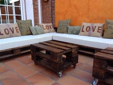 L Shaped Pallet by Diy Pallet L Shaped Sectional Sofa 99 Pallets