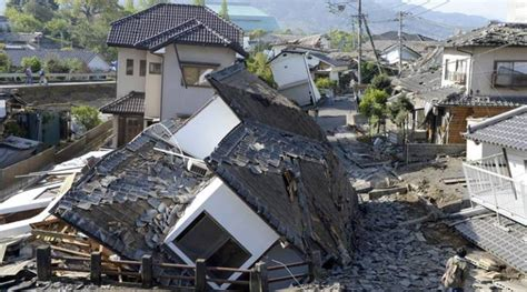 earthquake in japan japan earthquakes kill at least 39 rescue operations