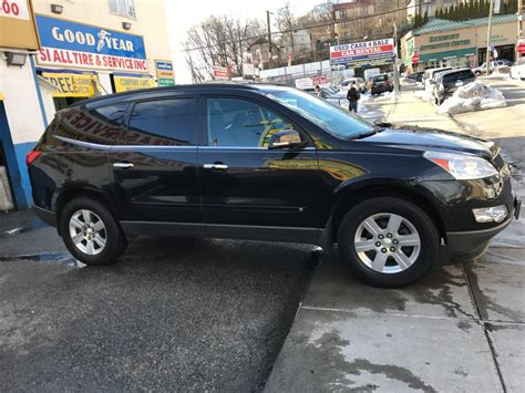 used chevrolet traverse for sale used 2010 chevrolet traverse lt suv 9 490 00