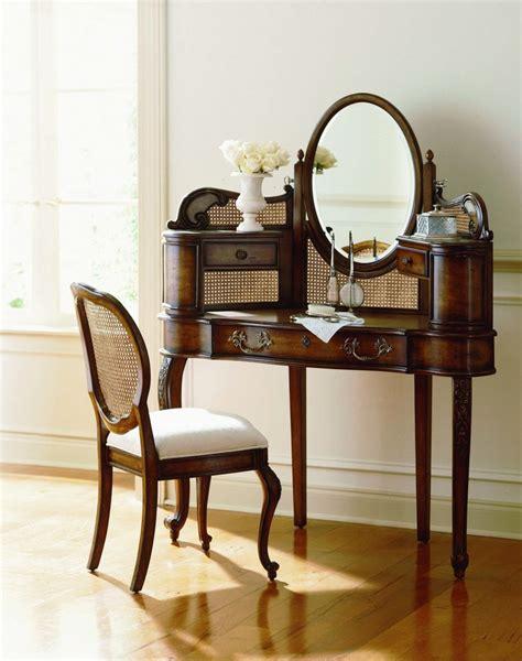 pulaski sauvignon dressing vanity chair 578135