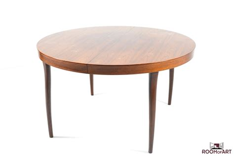 organic dining table in palisander room of