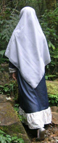 Dari Belakang Jilbab Syar I Ukhty Aku Rindu Jilbab Panjangmu Artikel Mutiara Islam