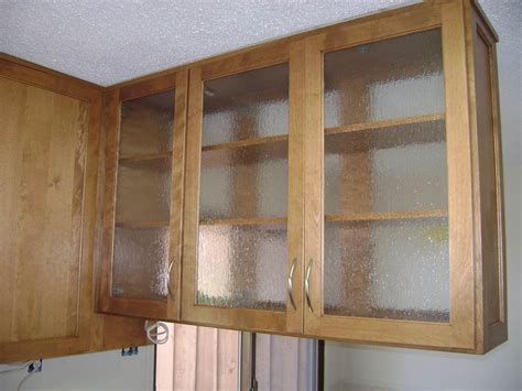 Glass Upper Kitchen Cabinets | glass upper cabinet other side healthycabinetmakers com