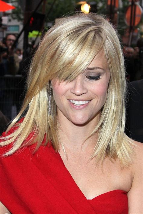 show side fring on long hair for older woman reese witherspoon love her hair this length hair looks