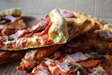 domino pizza new york crust comfort bites blog domino s stuffed crust pizza