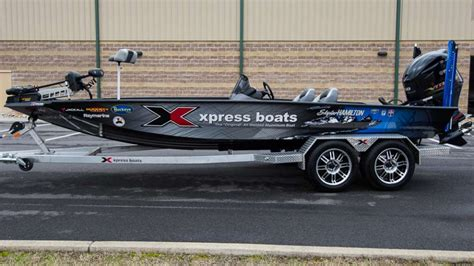 aluminum bass boat wraps skylar hamilton 2017 bassmaster elite series boat wrap