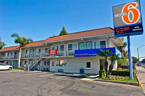 Motels In Long Beach Ca On Pch - motel 6 los angeles long beach long beach ca jobs hospitality online