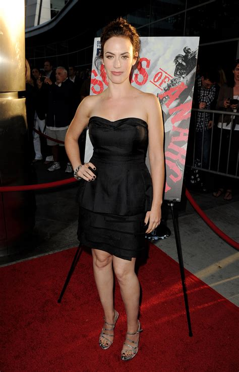 does mavgie siff wear extensions maggie siff s feet