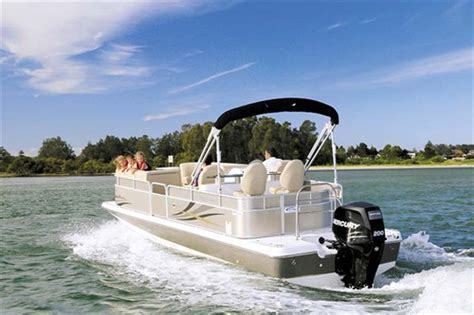 hurricane boats sydney hurricane fundeck 236 winebar review trade boats australia