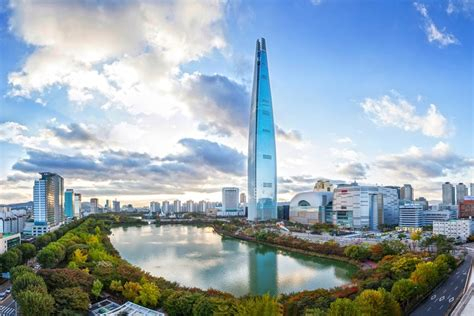 world tower seoul s lotte world tower completes as world s 5th tallest