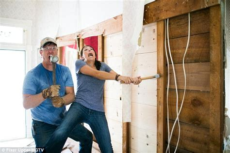 fixer upper canceled chip and joanna gaines admit they struggled to make ends