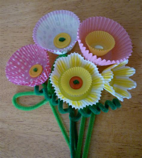 Cupcake Paper Crafts - cupcake paper flowers and a giveaway sweet simple stuff
