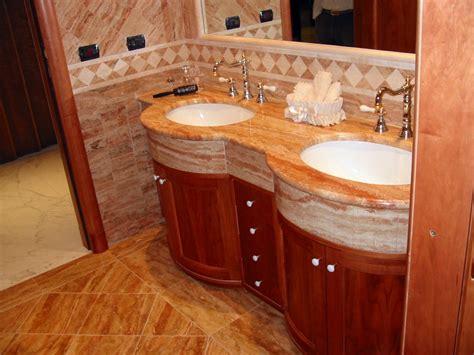 bagni in travertino stunning bagno rivest travertino nocechiaro with bagni in