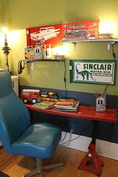 truck tailgate desk 1000 images about decorating with car parts on