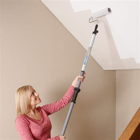 How To Paint A Ceiling With A Roller by How To Paint Paintstick Rollers How To Paint The Wall How