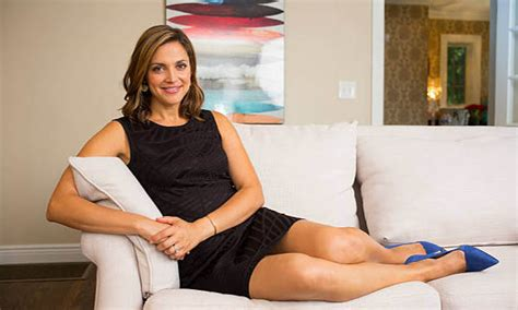 Krueger Paula Faris Also Search For Live Biography Paula Faris Bio Age Height Career Personal Net Worth More