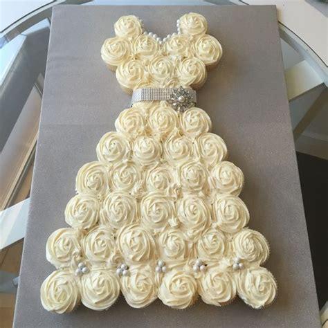 pull apart cupcake cake for bridal shower pull apart cupcakes bridal shower cupcakes and cupcake