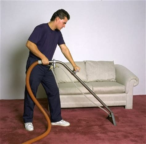 vacuum the carpet vacuum cleaning your carpet do it the right way
