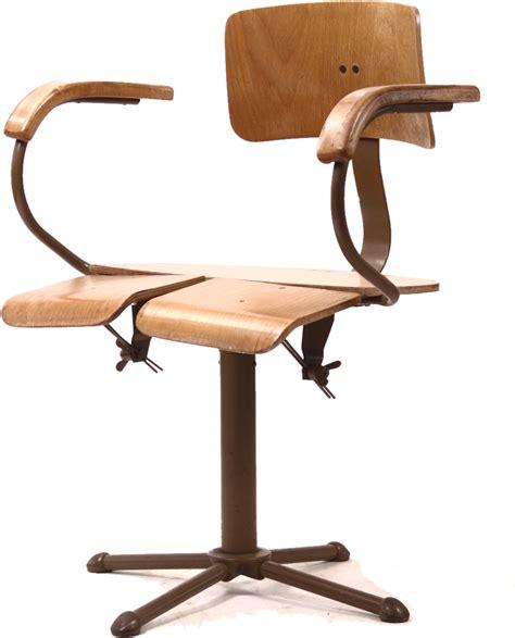 chaise d architecte chaise d architecte et chaise d atelier industriel par