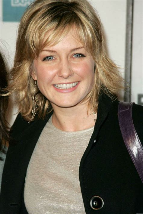 hairstyle of amy carlson amy carlson hairstyle jpg 2000 215 3000 hair pinterest