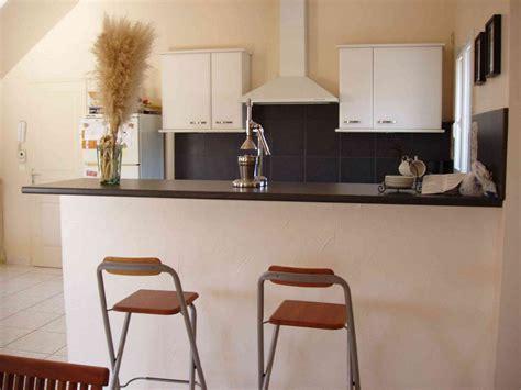 bar s駱aration cuisine salon location villa h 233 rault avec piscine