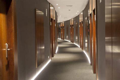 Homedsgn by Pasillos De Hotel Conjugando Dise 241 O Y Funcionalidad
