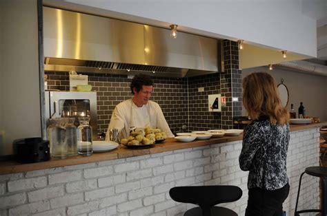 restaurant cuisine ouverte garopapilles restaurant cave 224 vins bordeaux