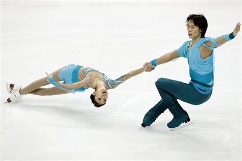 ice skateing duos china s figure skating silver duo engaged on ice sport