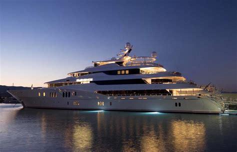 Yacht Eminence Layout | yacht eminence an abeking rasmussen superyacht