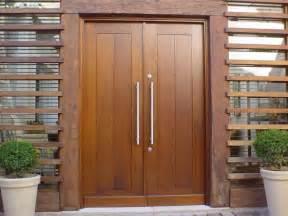 como conservar portas e janelas de madeira reforma f 225 cil