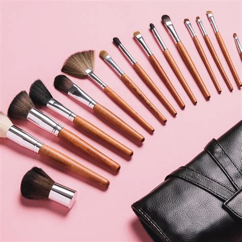 Cosmetics Hers Set B palette essential 15pc makeup brush set