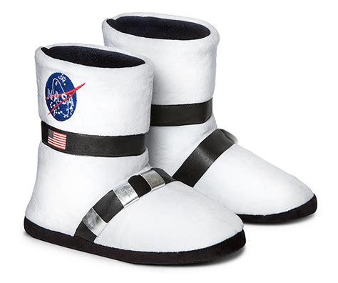 astronaut slipper socks nasa astronaut boot plush slippers thinkgeek