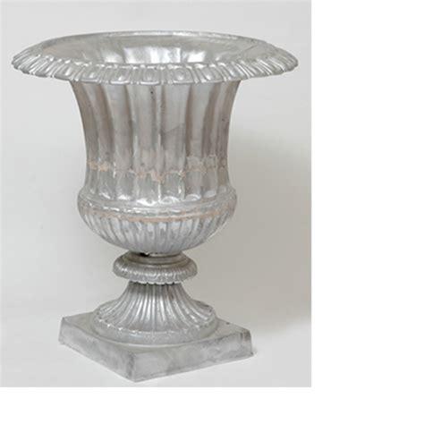 Cast Aluminum Planters by 28 5 Quot Cast Aluminum Jumbo Venetian Urn Flower Planter Pot