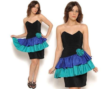 Popular 80s Prom Color | 80s prom dress ruffled peplum tutu color block black blue