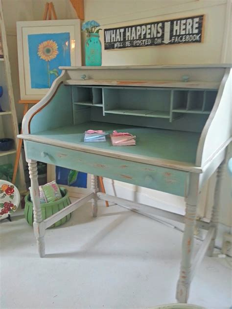 Chalk Painted Desk by 20 Best Sloan Chalk Paint Autentico Images On