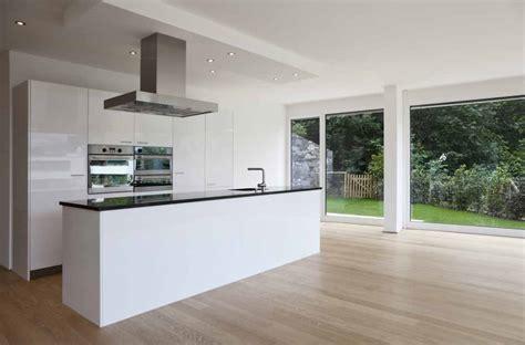 keuken vloer een houten vloer in de keuken ruimte is dat wel zo handig