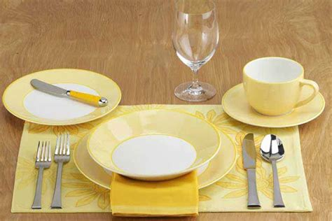 setting the table how to set a table taste of home