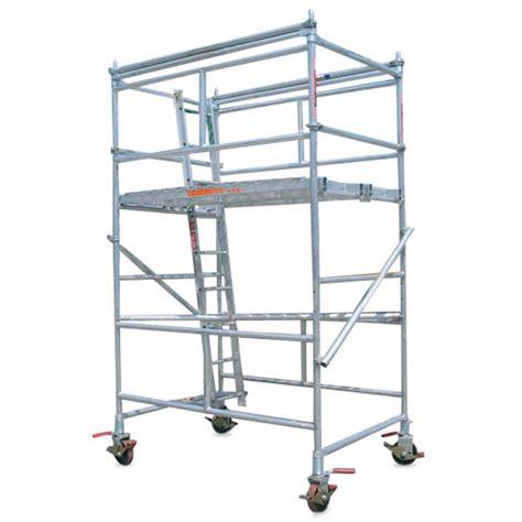 aluminium mobile scaffolding aluminium scaffolding tower hire medium coates hire