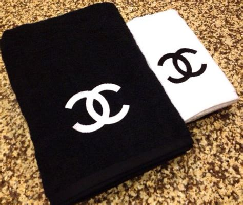 coco chanel bathroom i don t care if it s fake this is awesome chanel