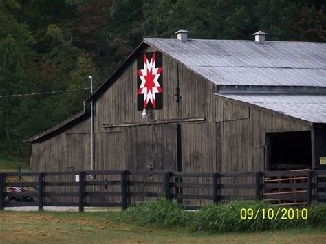 quilt pattern on barns in kentucky quilt barn montgomery co ky barns quilt pinterest