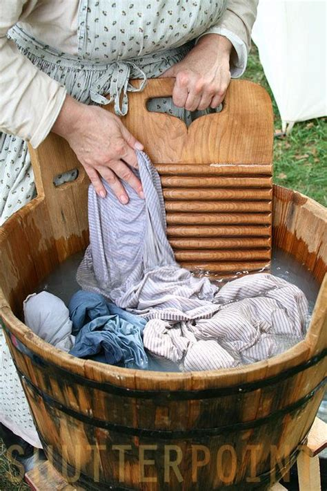 hand wash clothes in bathtub 1000 ideas about hand washing machine on pinterest men