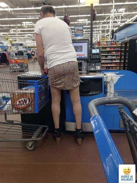 crazy shoppers at walmart who don t know a thing about