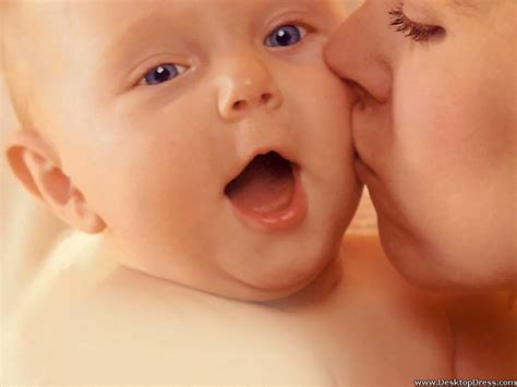 images of love baby desktop wallpapers 187 babies backgrounds 187 mummy kissing to