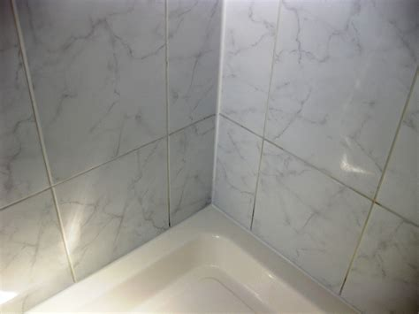 Clean Bathroom Shower Tile Cleaning Ceramic Shower Tiles Cleaning Tile