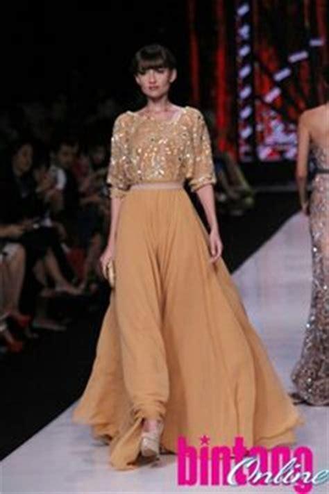 model kebaya muslim prada ivan gunawan 1000 images about fashion on pinterest kebaya baju