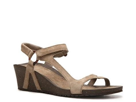 sandals at dsw teva cabrillo wedge sandal dsw